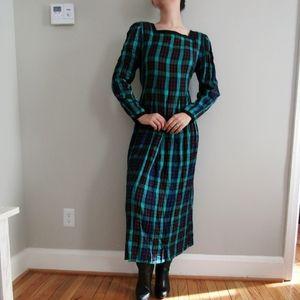 Vintage plaid midi dress